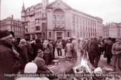 02-30_1991gadaBarikades