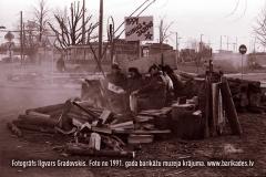 15-30_1991gadaBarikades