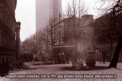 22-30_1991gadaBarikades